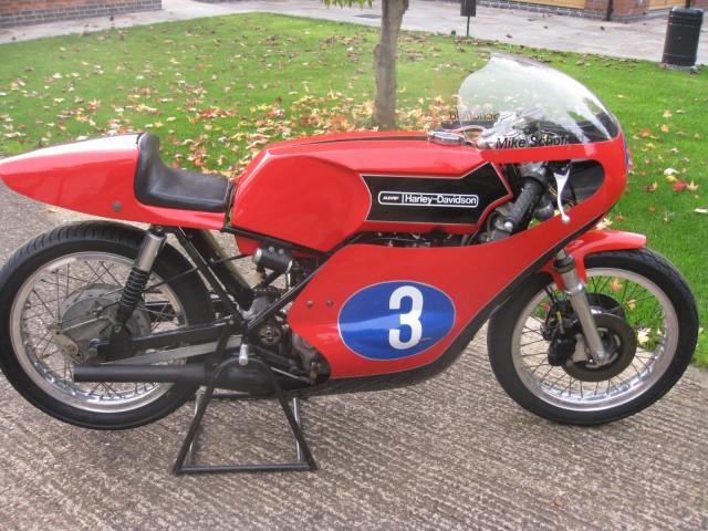Harley Davidson: RACING & INVESTMENT MOTORCYCLES