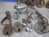 A collection of Norton parts